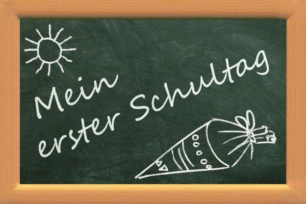 Vorderseite Deko-Schultafel Mein erster Schultag 10 x15cm bei Tischdeko-Shop.de