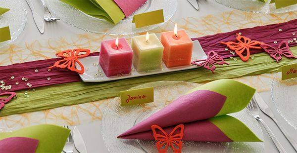 Tischdeko zum Geburtstag in Orange, Pink und Grün