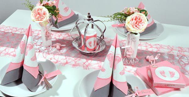 Tischdekoration Zur Taufe In Rosa Mit Krone Und Füßchendruck