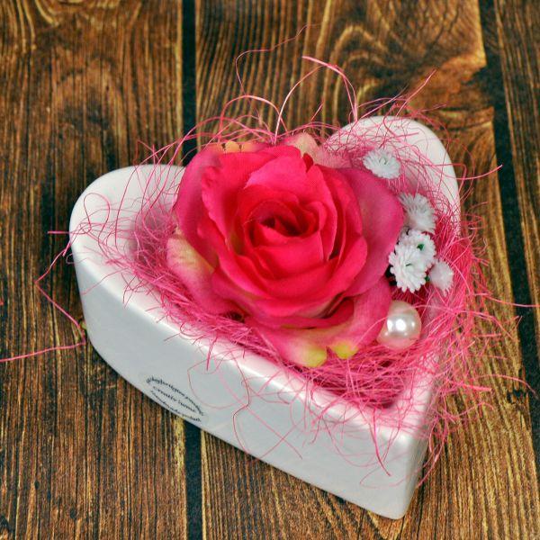 Herzschale mit Rose bei Tischdeko-Shop.de