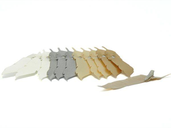 Feder mit Clip Namenskärtchen Brauntöne 12 Stück 13cm