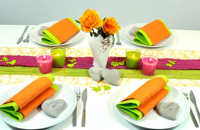 Tischdekoration In Orange Fuchsia Grun Kaufen Tischdeko Shop