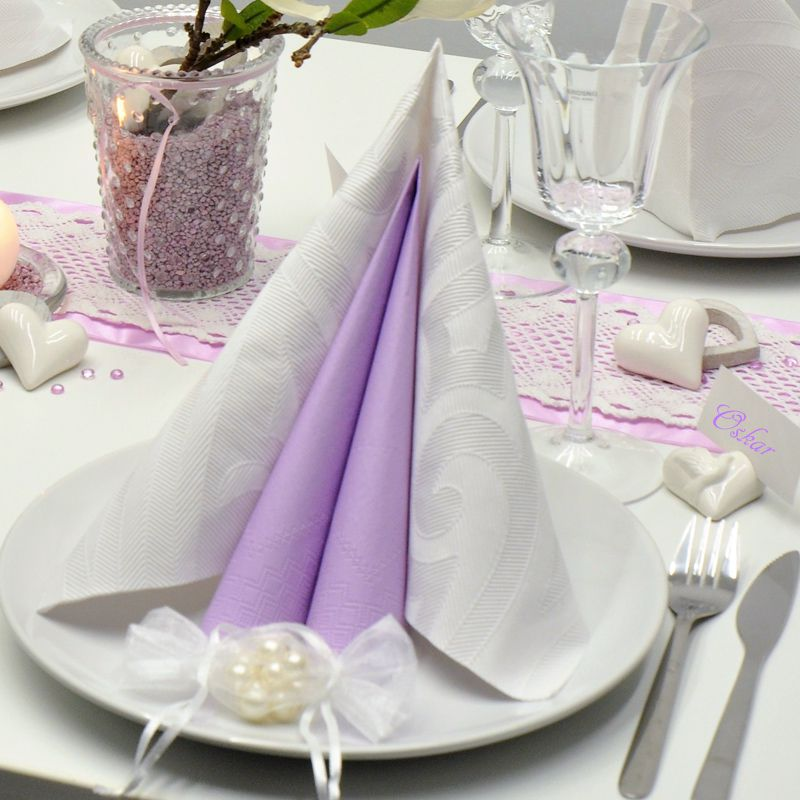 Tischdekoration In Weiss Flieder Mit Magnolie Kaufen Tischdeko Shop