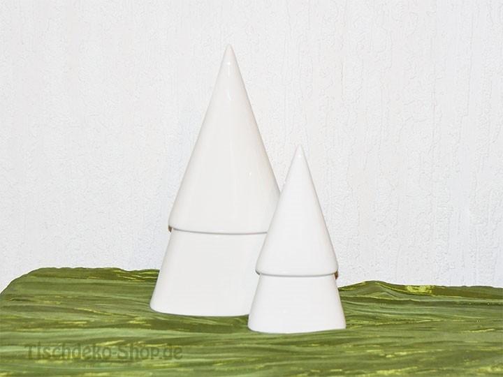 deko baum designo weihnachtsdeko porzellan wei bei tischdek. Black Bedroom Furniture Sets. Home Design Ideas