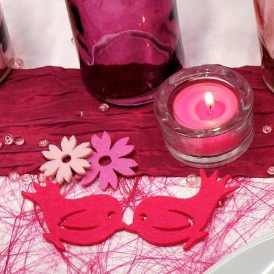Tischdekoration in Pink und Fuchsia