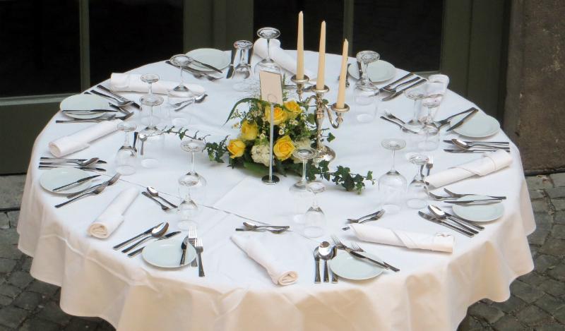 Verschiedene Tischdecken