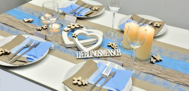 Tischdekoration in Pearl und Hellblau