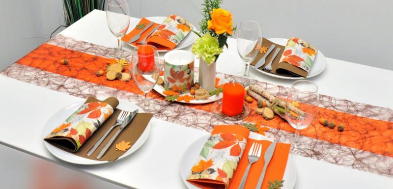 Tischdekoration Braun Orange Herbst