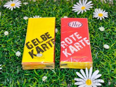 taschentuecher-rote-oder-gelbe-karte