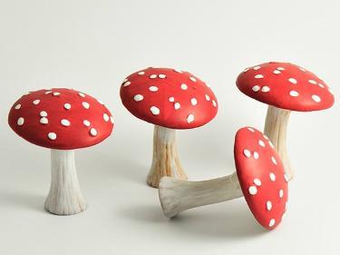 deko-fliegenpilz-rot-weiss-herbstdeko-keramik-10cm-4er-set