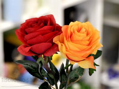 Täuschend echte Rose 45cm