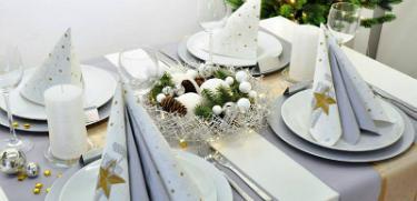 Tischdekoration Festliche Tischdeko in Gold mit Silber