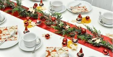 Tischdekoration Funny Santa zu Weihnachten