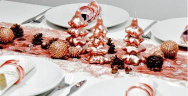 Tischdekoration Kupfer zu Weihnachten