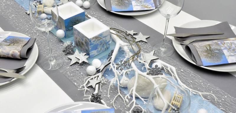 Winterliche Tischdekoration A Winter Day in Mintblue und Weiss