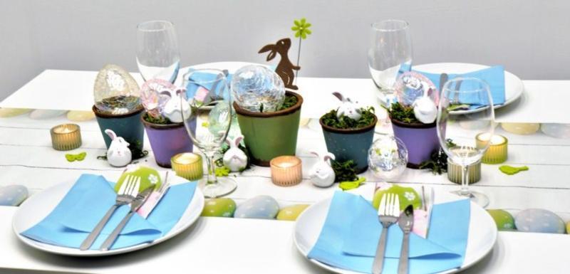 Oesterliche Tischdeko Funny Easter Eggs mit Ostereiern in trendigen Pastelltoenen