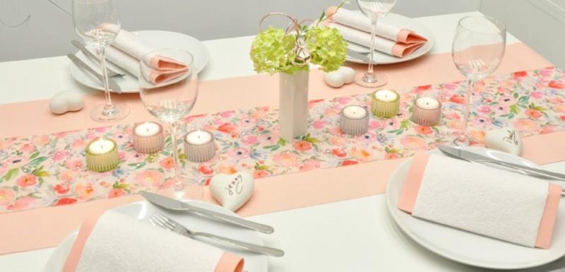 Tischdekoration Bluetenzauber zum Geburtstag