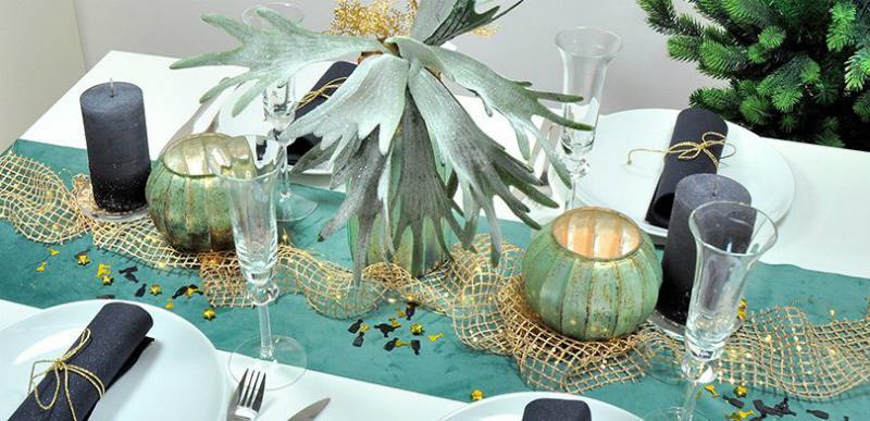 Tischdekoration Samt trifft Glitzer zu Silvester