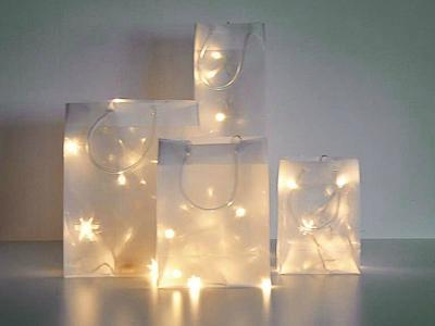 deko-tasche-aus-3d-stern-effekt-folie-mit-led-lichtern