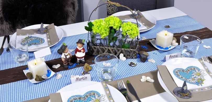Bayerische Tischdekoration Blau Taupe