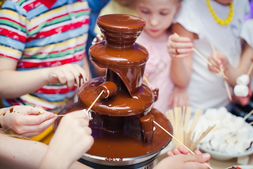 Schokoladenfondue am Kindergeburtstag Geburtstagsrezepte