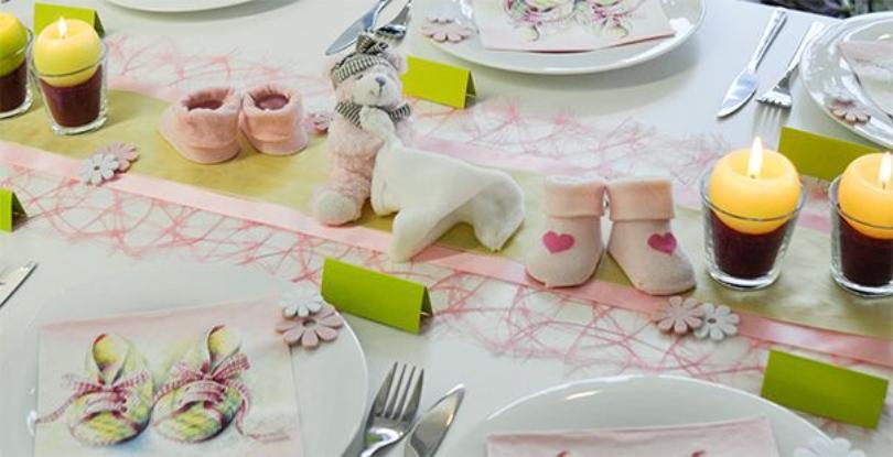 Tischdekoration in Rosa mit Teddy zur Taufe - Taufdeko für den festlichen Tisch