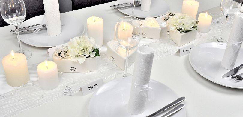 Tischdekoration Ganz in Weiß