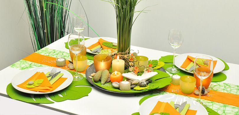 Sommerliche Tischdekoration mit Tischbändern in Grün und Orange - Sommerdeko für ein belebendes Ambiente