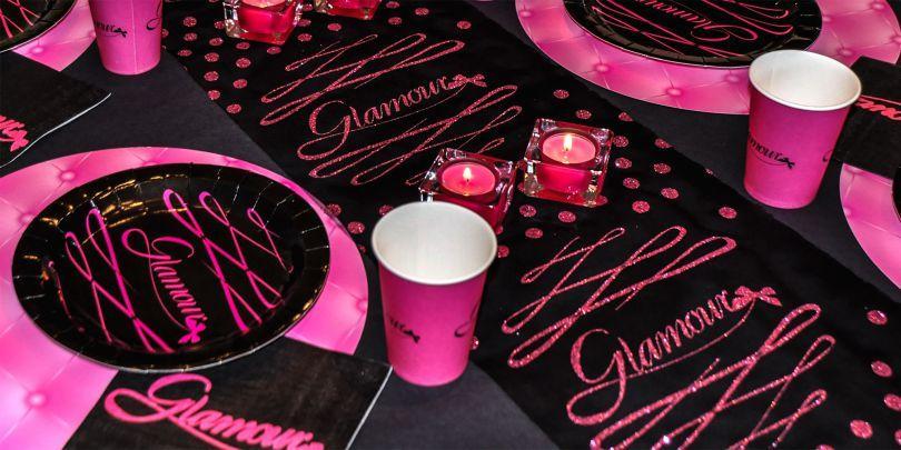 Tischdekoration Glamour in Schwarz und Pink