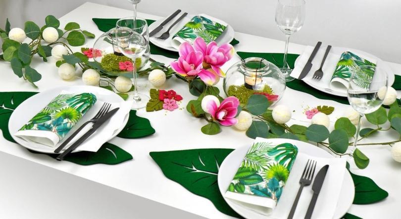 Tischdekoration Dschungel für ein perfektes Dinner oder Mottoparty