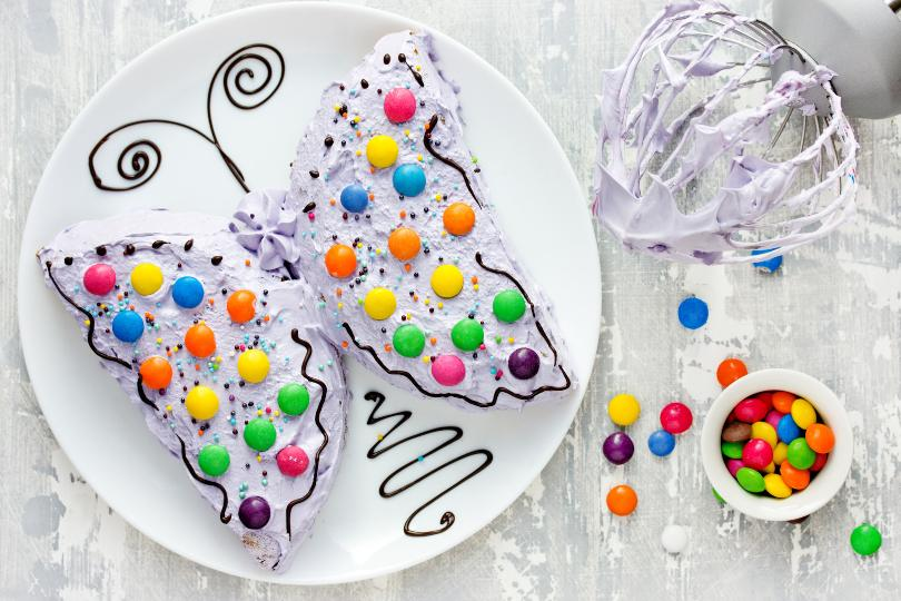 Kuchen in Schmetterlingsform - bunt für den Kindergeburtstag