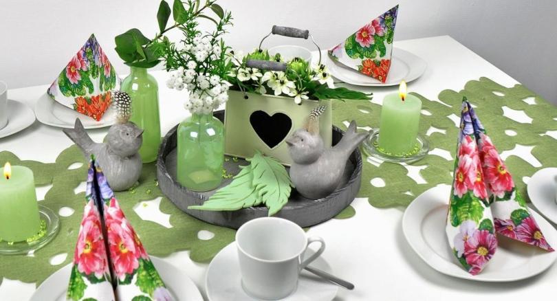 Tischdekoration Blütenband, grün