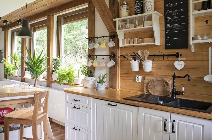 Küche und Esszimmer im Landhausstil - Landhausdeko für den Tisch und die Küche