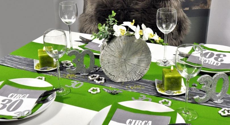 Begeisternde Tischdekoration zum 30. Geburtstag