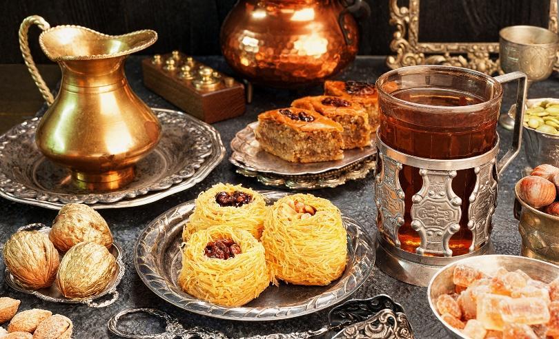 Orientalischer Teedisch