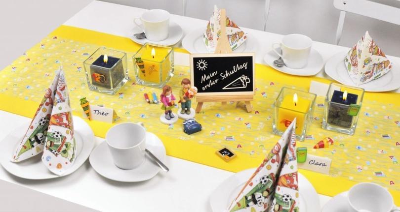 Tischdekoration zur Einschulung in Gelb und Blau