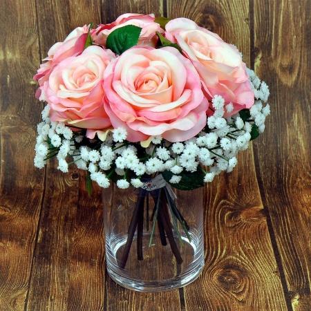 Seiden-Rosen-Strauß in Rosa mit Schleierkraut